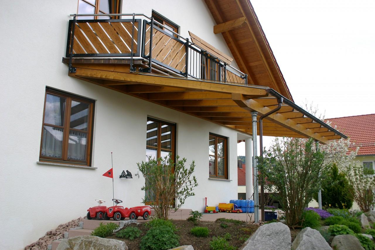 Balkon und Terrassendach in einem | BECK Zimmerei