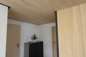 Büro mit Lignotrend-Akustikdecke und Weißtanne BECK Zimmerei